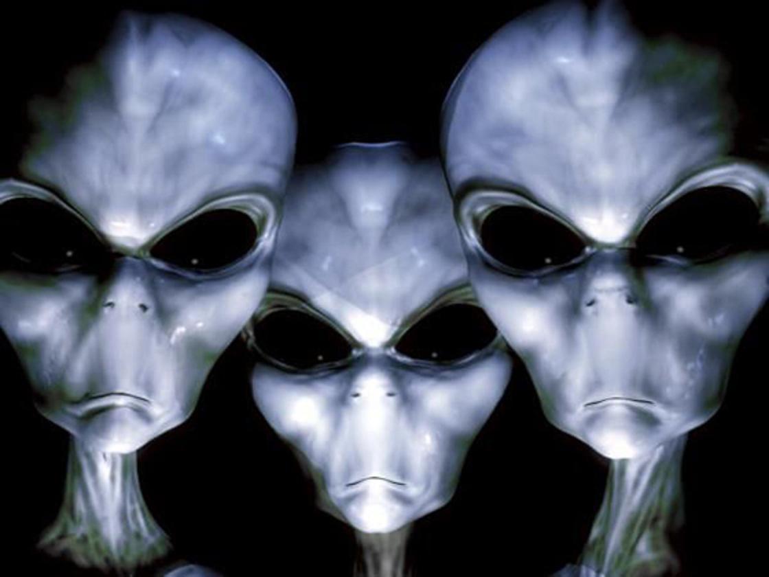 extraterrestres.............LESTAT Extraterrestres-azules