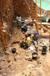 Excavación en Elefante-Atapuerca 2006 foto Mario Modesto Mata