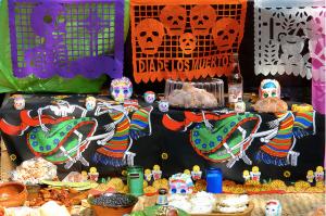 Ofrenda típica del Día de Muertos en México