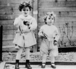 Michel y Edmond Navratil, de 4 y 2 años, viajaban en el Titanic