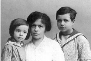 Mileva Maric y sus hijos,