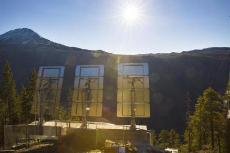 Habitantes de pueblo noruego de Rjukan ven sol de invierno 2 AP