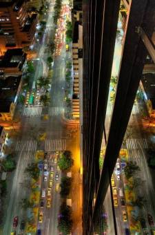 Avenida Oriental Nocturna MEDELLIN