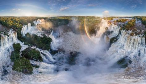 Cataratas Iguasú, Paraguay-Argentina-Brasil. Grand tour • 360° Panorama aéreo
