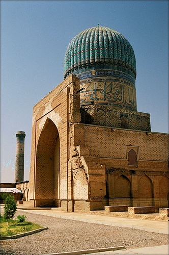SAMARKAND - Bibi-Khanym Mosque by k_man123, via Flickr