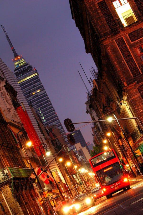 Torre Latinoamericana en la  Ciudad de Mexico.