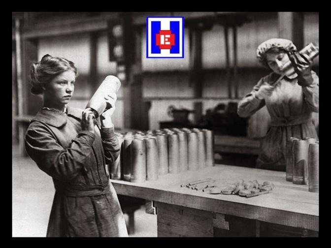 Mujeres trabajando con trinitrotolueno TNT