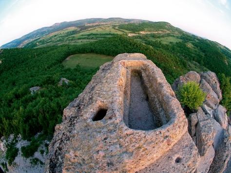 3 El sarcofago santuario de Tatul Bulgaria