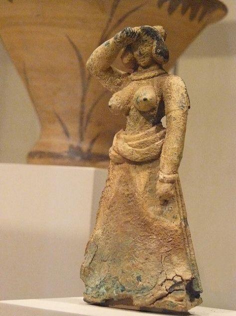 Bronze female figure Cretan Late Minoan I 1600-1450 BCE Met Museum