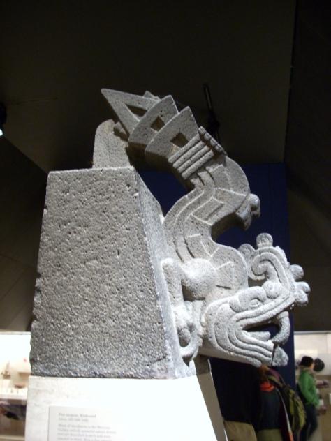 xiuhcoatl_ arma de Huitzilopochtli british_museum-foto-simon-burchell
