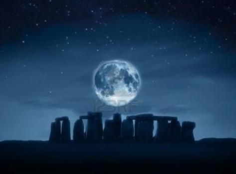Stonehenge bajo la Luna Groupes Joëlle Adam