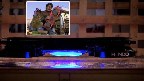 patineta voladora Volver al Futuro y real