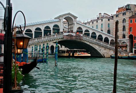 Puente del Rialto Venecia