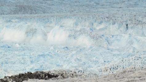 Deshielo y caida de glaciar en Groenlandia 5