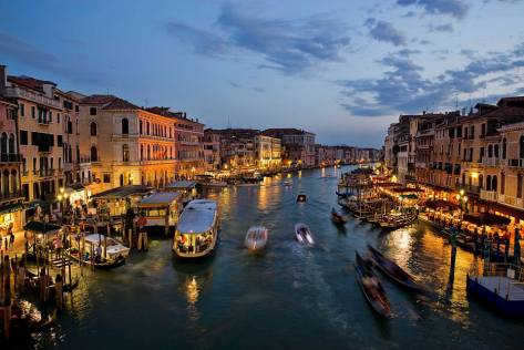 Gran Canal de Vencia Italia Art, Culture and Civilization