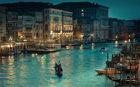 Gran Canal de Venecia en la noche
