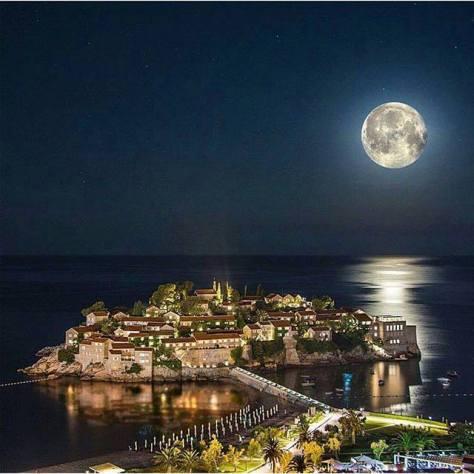 Luna llena Montenegro