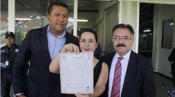 AMELIE, PRIMERA NIÑA MEXICANA EN TENER PRIMERO APELLIDO MATERNO