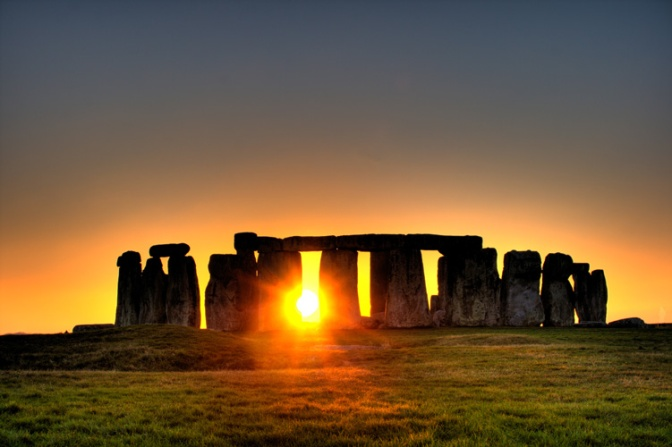 Summer-Solstice-Gathering-At-Stonehenge