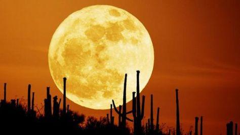 super-luna-llena-desierto