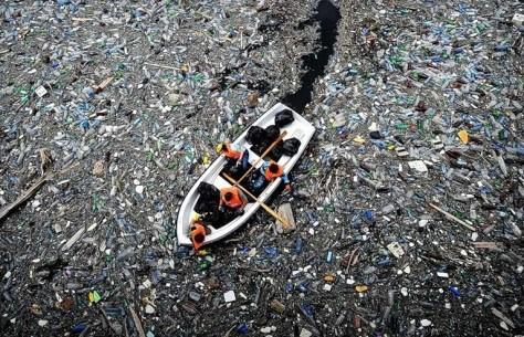 toneladas-de-plastico-en-el-oceano-pacifico-960x623